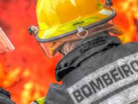 Foto de um bombeiro